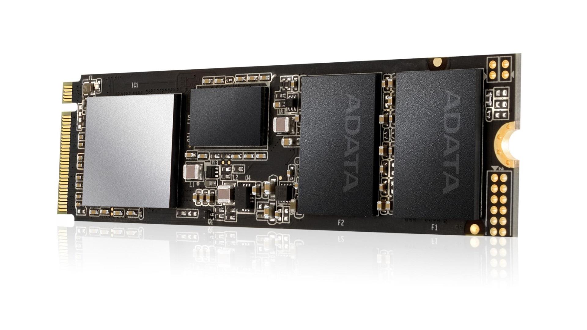 ADATA представила под брендом XPG SSD SX8200 на шине PCIe