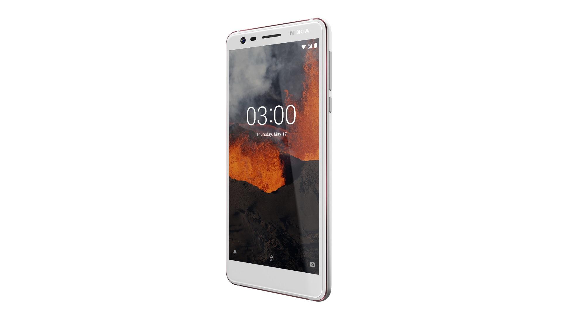 Изображение рендера телефона Nokia 3.1 в корпусе белого цвета в развороте