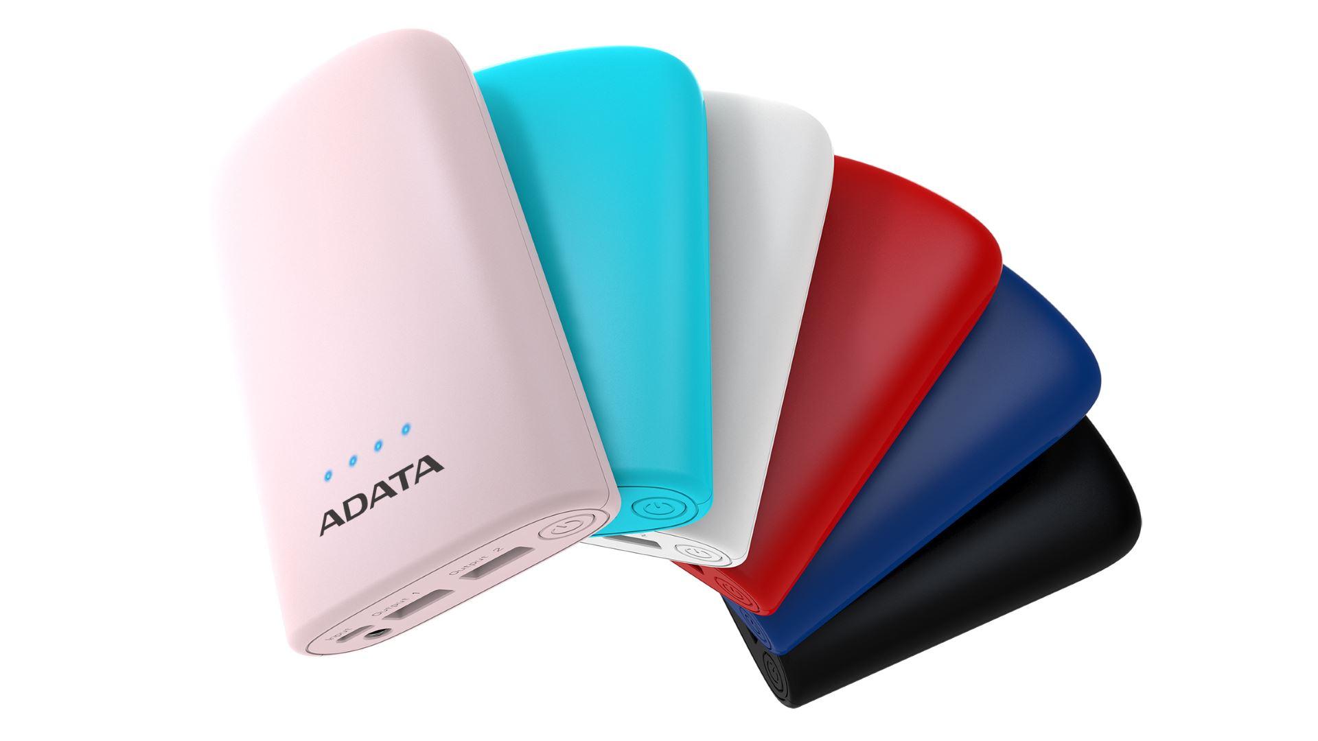 На иллюстрации изображены рендеры аккумулятора ADATA P10050V розового, голубого, белого, красного, синего и чёрного цветов с видом сбоку