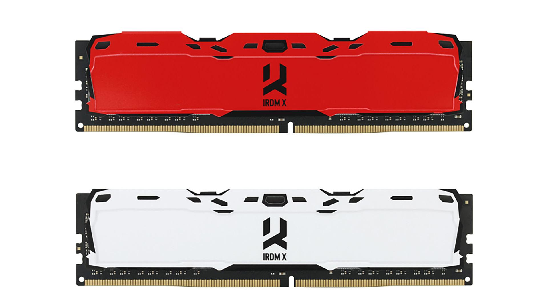 На иллюстрации модули оперативной памяти GoodRAM IRDM X с монотонного красного и белого цветов
