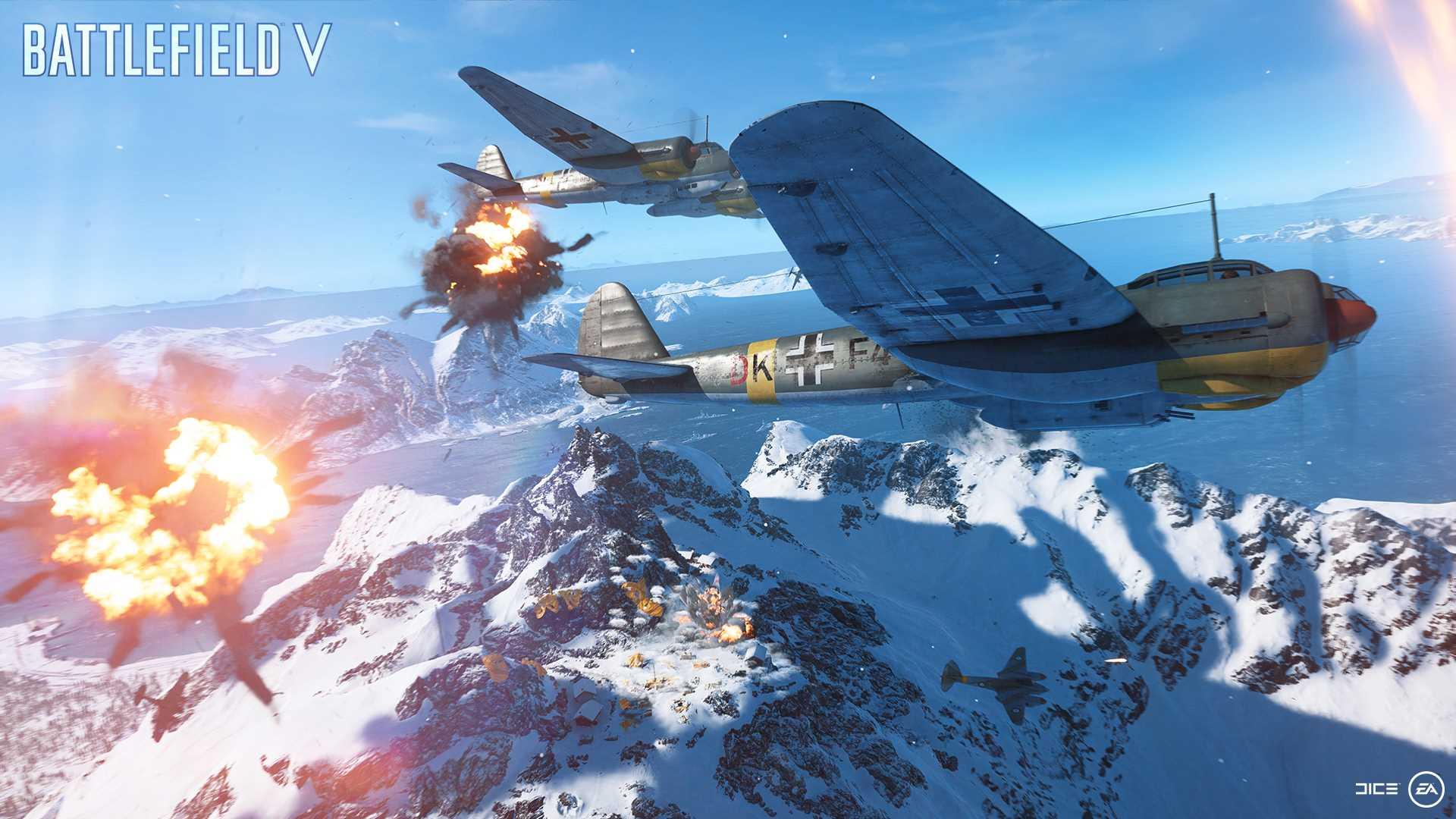 На иллюстрации изображена сцена из игры Battlefield V: бомбардировщик в сопровождении истребителя пролетает над горным кряжем под огнём зенитных орудий